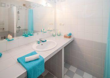 Fliesen reinigen (Tipps) | Richtig putzen & säubern