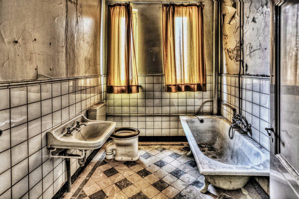 dreckiges Badezimmer