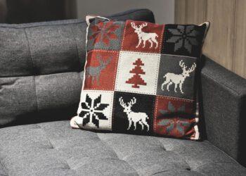 Grober Stoff von Couch reinigen | Sofa mit rauer Oberfläche
