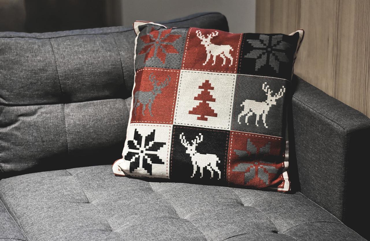 Sofa Couch Polster Kissen Dekokissen Polstermöbel
